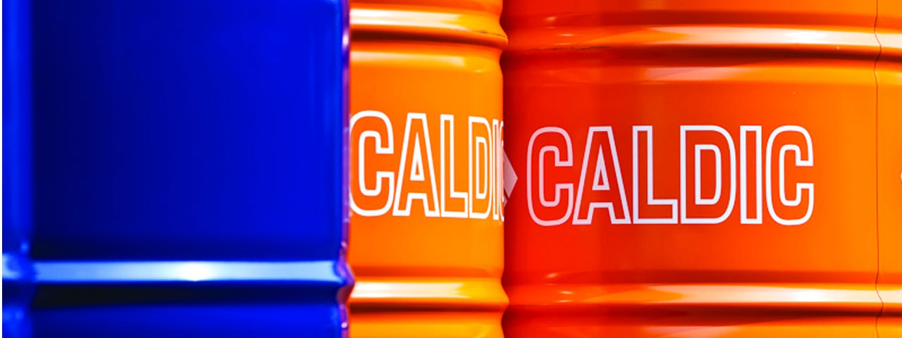 Caldic drums in blue and organge