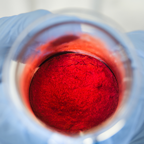 Red surface treated pigments used in color cosmetics (small)